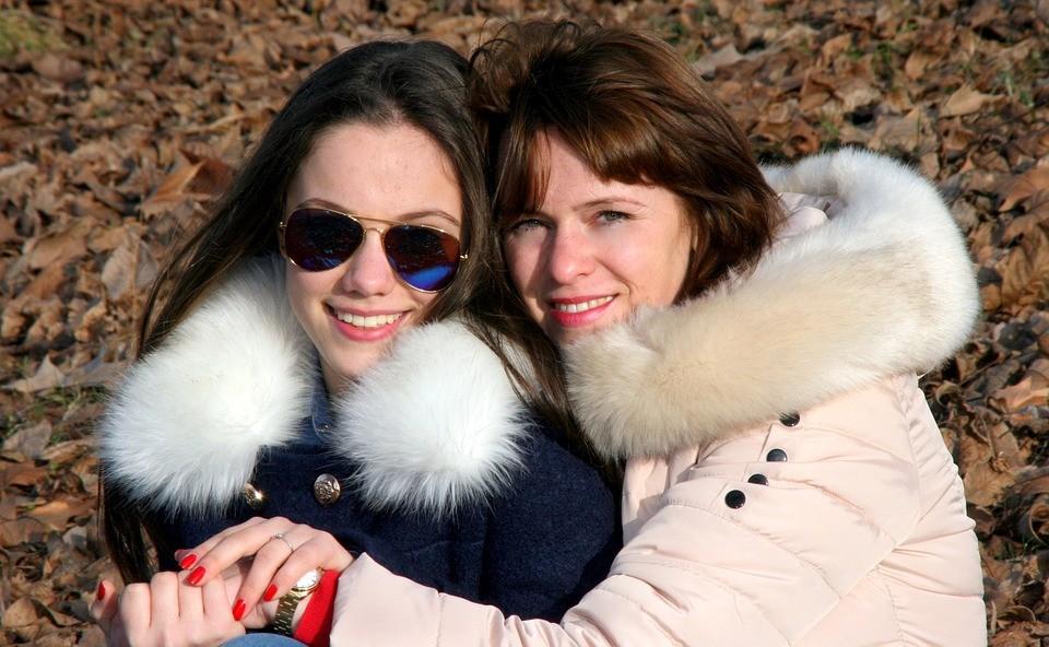 Мать и дочь, двуликая любовь